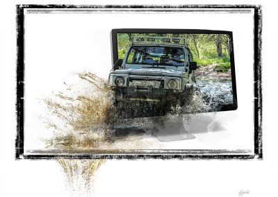 Composing; Monitor; SUV; Mud; Splashes