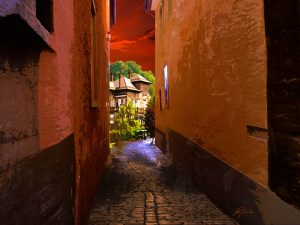 MWD 2; Contest; Alley; Evening Atmosphere